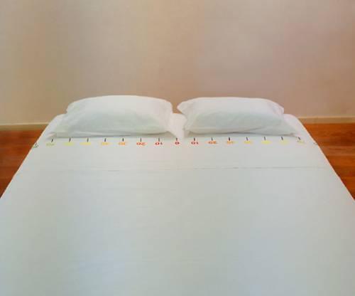 Кровать супружеская